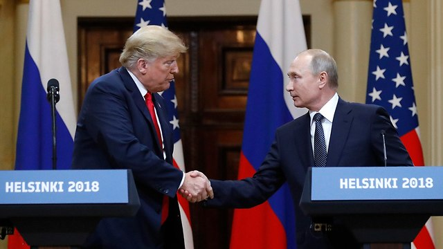 US President Trump (L) and Russia's President Putin  (Photo: AP)
