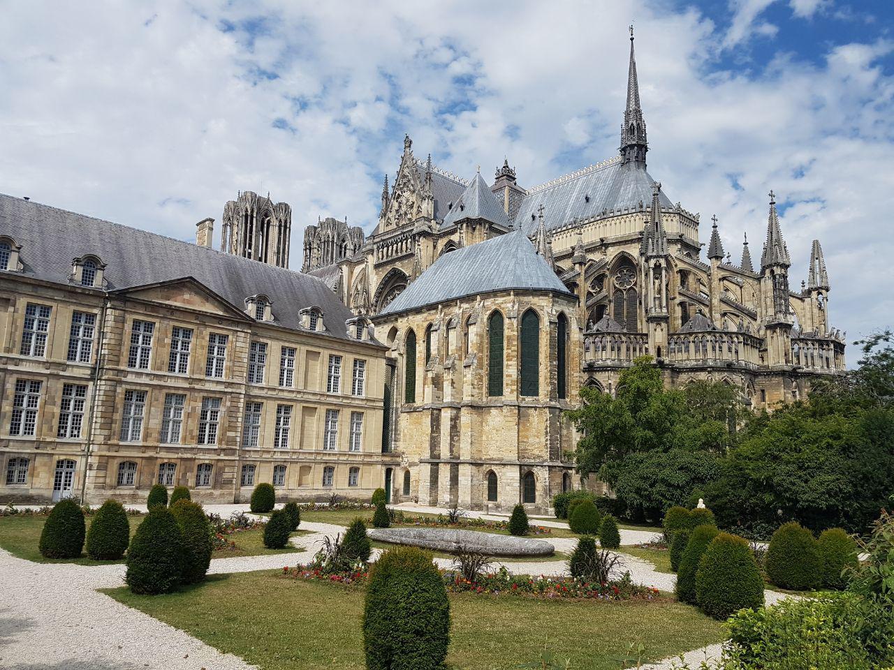 הקתדרלה בריימס. כמעט כל מלכי צרפת הוכתרו בה (צילום: אחיה ראב