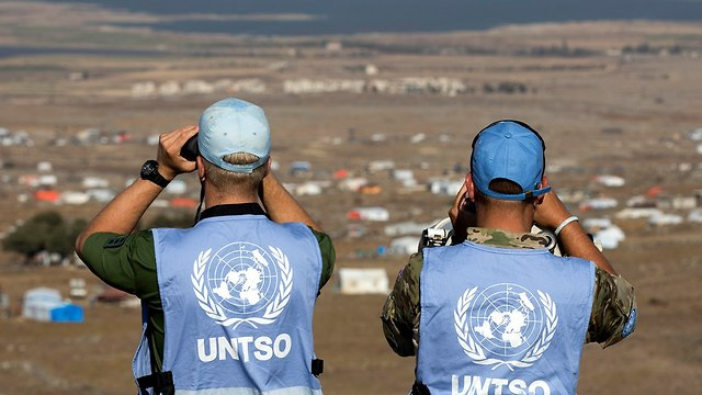 UN peacekeepers observing border from Israeli side (Photo: EPA)