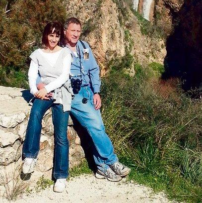 """רז עם בעלה, יגאל גוטסדינר, בטיול לצפון.  """"אם צריך לעבור את המסע הזה, אז רק עם פרטנר כמוהו"""""""