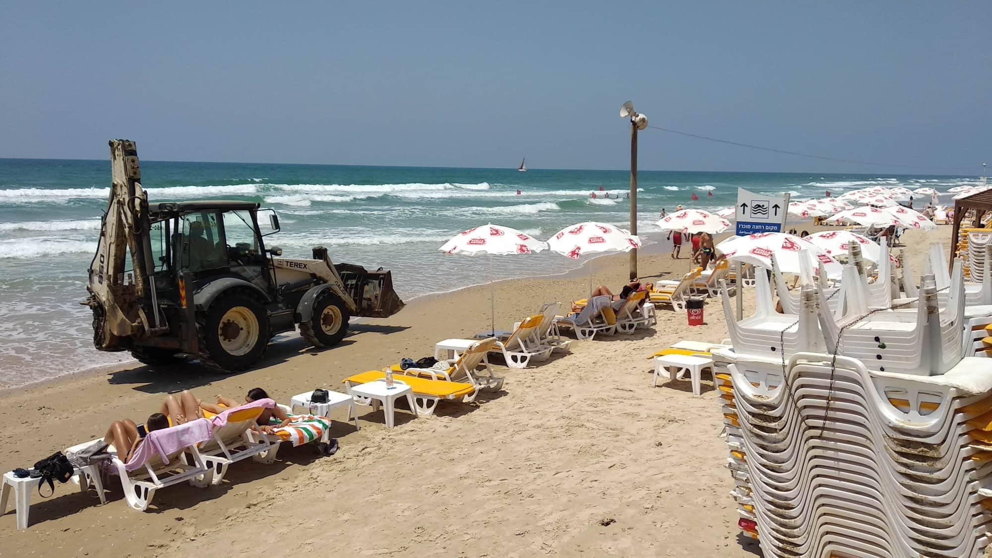 Пляж в Герцлии. Фото: Родион Соломоник