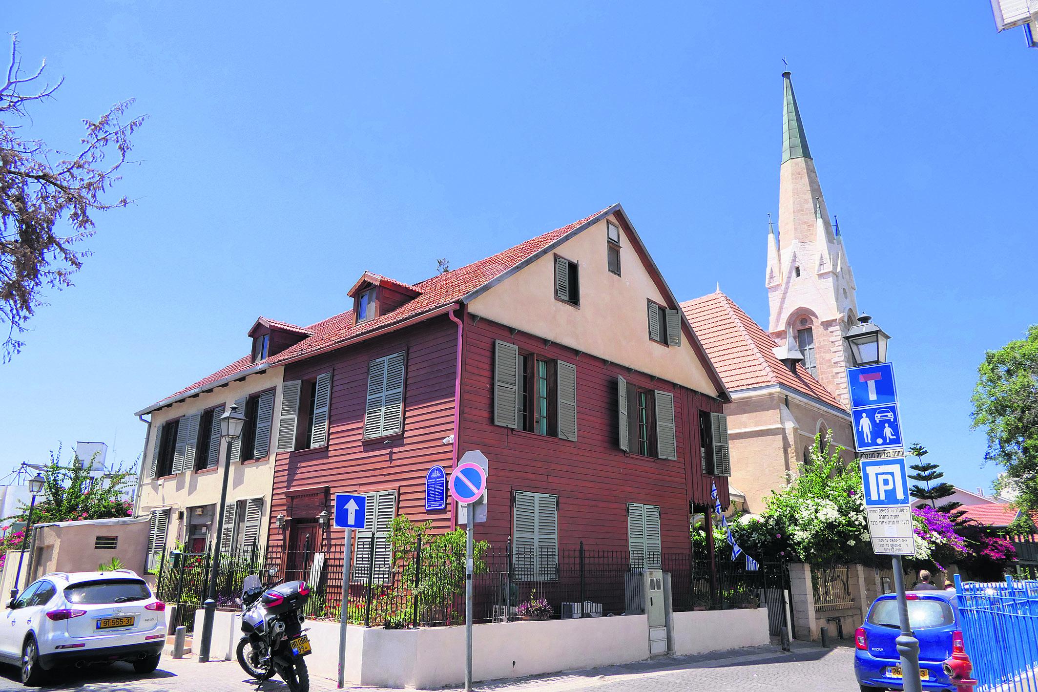 כנסיית ואכסניית עמנואל. לא להחמיץ