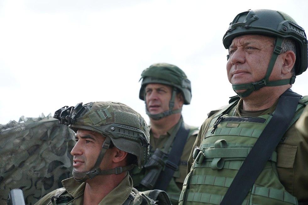 גדי איזנקוט הערכת מצב פיקוד דרום (צילום: דובר צה