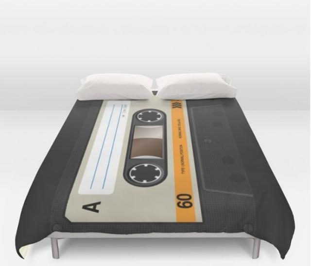 שימו פליי ולכו לישון (מעמוד האינסטגרם של probestdesign)
