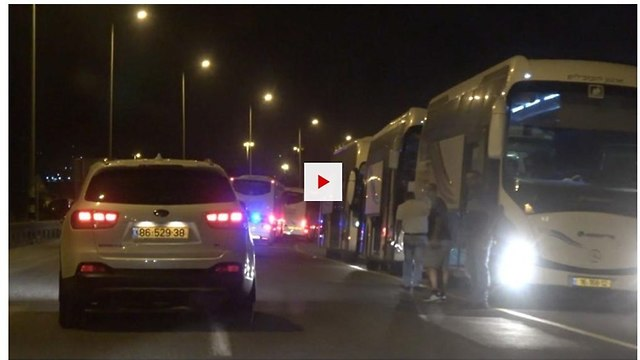 Israel transporting White Helmet members to Jordan