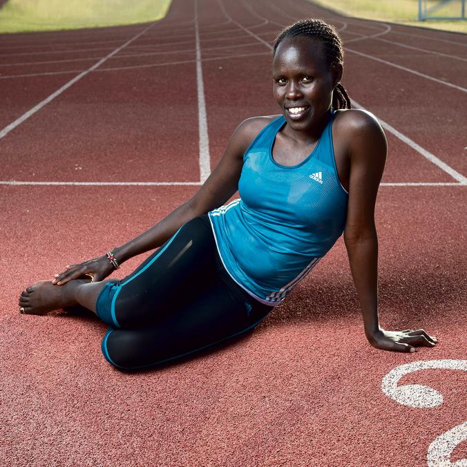 """לונה על המסלול.  גילי לוסטיג, מנכ""""ל הוועד האולימפי: """"כיום לונה היא האתלטית הכי מתקדמת בארץ, והיא לא משאירה שום שיא כמו שהיה"""""""