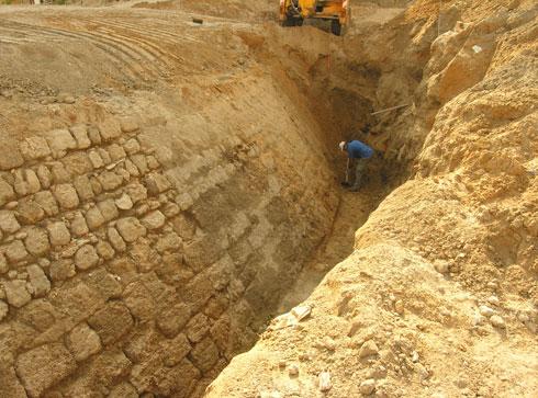 נערכו בשטח חפירות ארכאולוגיות (צילום: רמי גיל)