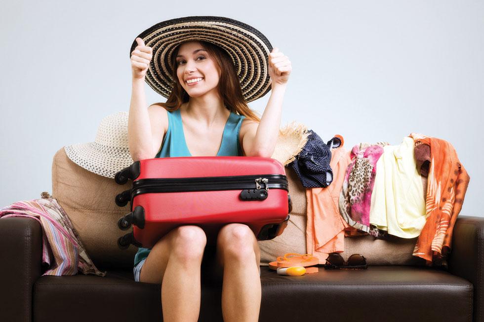 """סט בגדים ליממה, זה כל מה שנחוץ לטיסה """"לחוצה"""" וצפופה בזמן, במטען ובכסף (צילום: Shutterstock)"""