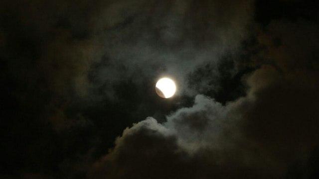 ליקוי ירח (צילום: מוטי קמחי)