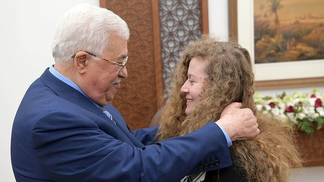 Ahed Tamimi meets President Abbas (Photo: Reuters)