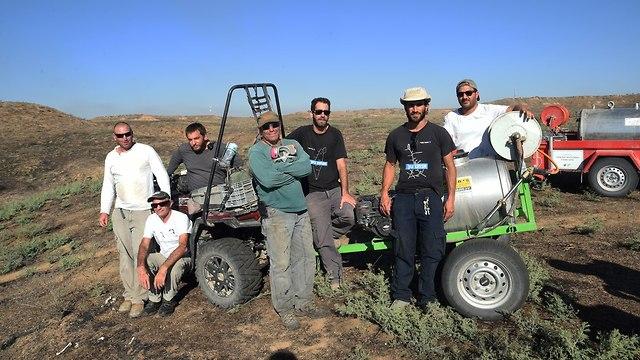 The volunteers (Photo: Chaim Horenstein)