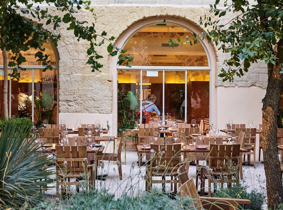 מסעדת דון קמיליון ביפו (צילום: דן פרץ)