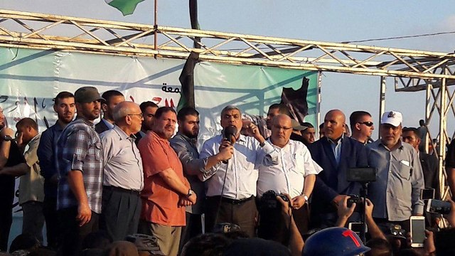 Hamas delegation at the Gaza border protests
