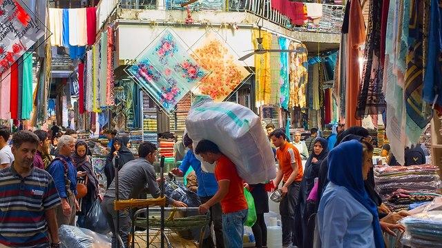 שוק בטהרן - איראן (צילום: shutterstock)