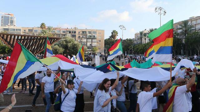 Rabin Sq. Tel Aviv (Photo: Motti Kimchi )