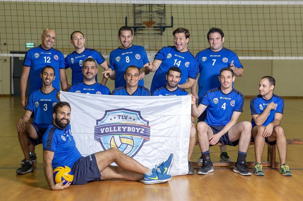 נבחרת הכדורעף של ישראל למשחקים הגאים (צילום: איתי ג'משי)