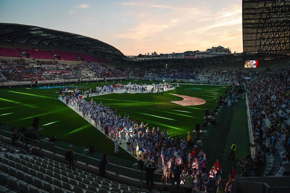 אצטדיון ז'אן בואן בטקס הפתיחה (צילום: AFP)