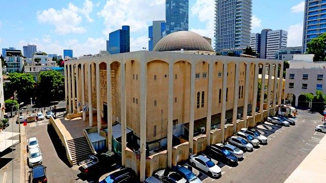 Главная сигагога Тель-Авива. Фото: Авигайл Узи