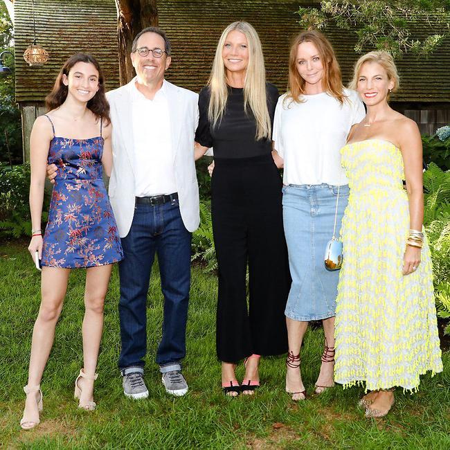 אירוע משפחתי. ג'סיקה סיינפלד, סטלה מקרטני, גווינת' פאלטרו, ג'רי סיינפלד ובתו סשה