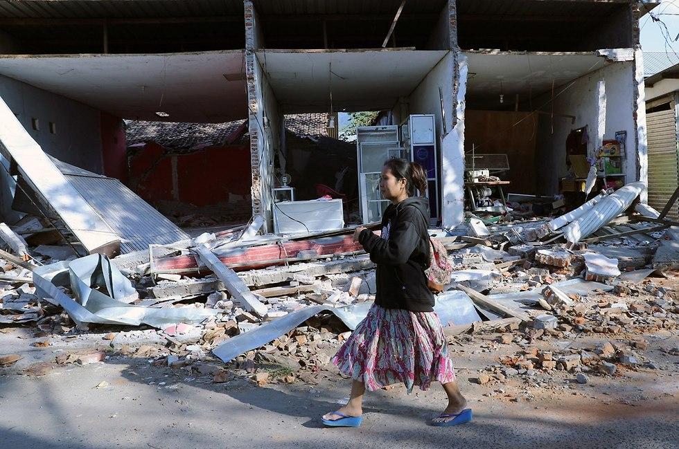 רעידת אדמה רעש אדמה אינדונזיה לומבוק (צילום: EPA)