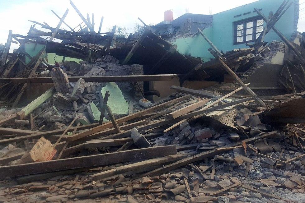 רעידת אדמה רעש אדמה אינדונזיה לומבוק (צילום: AFP)
