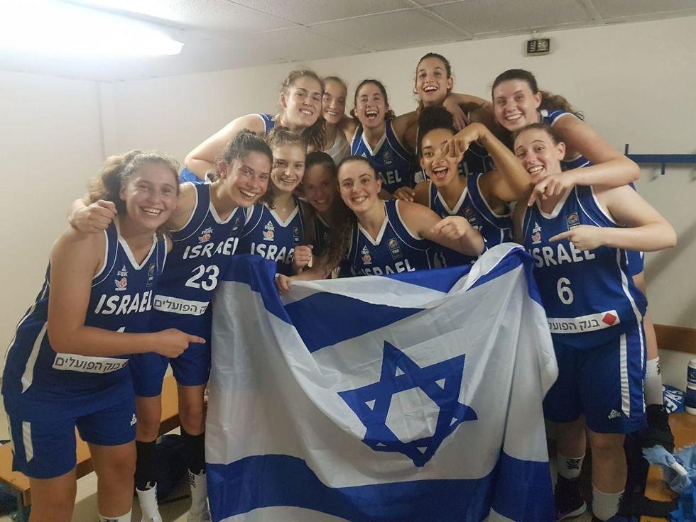 נבחרת הנערות ישראל כדורסל (צילום: פרטי)