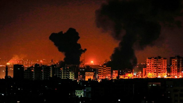 IAF bombarde Gaza (Photo: AFP)