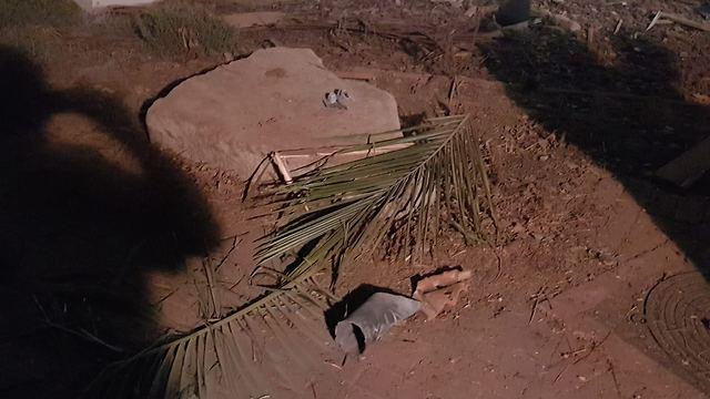 Ракета попала в дом в Хоф-Ашкелонe. Фото: полиция