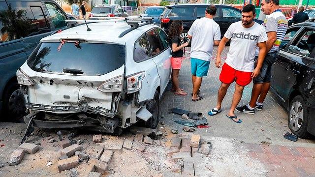 הבית בשדרות שנפגע (צילום: AFP)