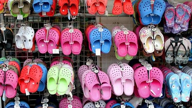 נעלי קרוקס (צילום: shutterstock)