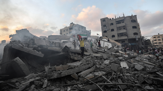 Destruction in Gaza following IDF bombing of a building in Gaza City (Photo: MCT)
