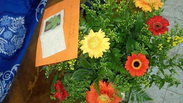 הפרחים שגאיה קיבלה (צילום: אוסף משפחתי)