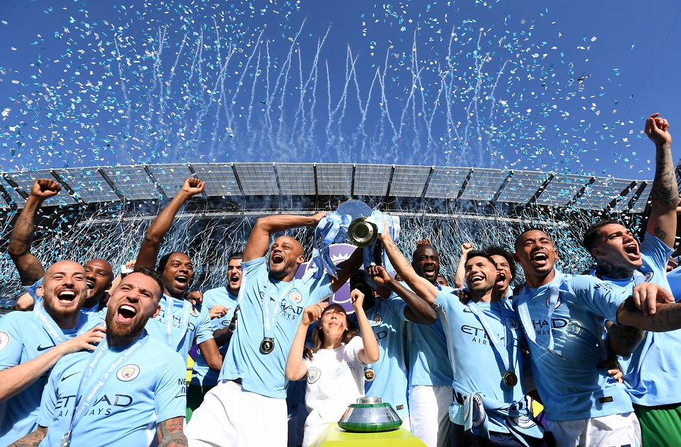 מנצ'סטר סיטי חוגגת אליפות (צילום: getty images)