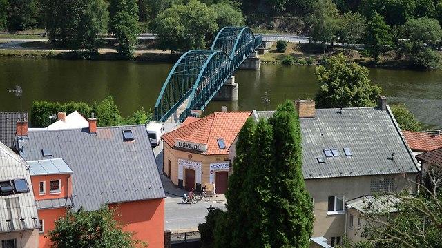 העיירה דאבלה ליד פראג צ'כיה 50 שנה לפלישה הסובייטית ל צ'כוסלובקיה (צילום: AFP)