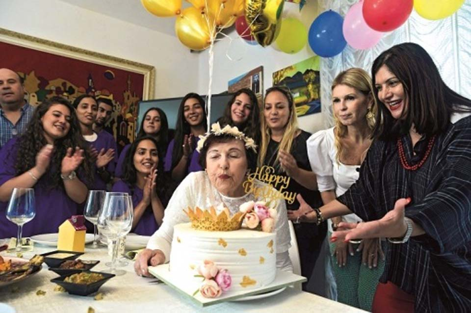 Малка Либерман и ее гости. Фото: Хаим Оренштейн