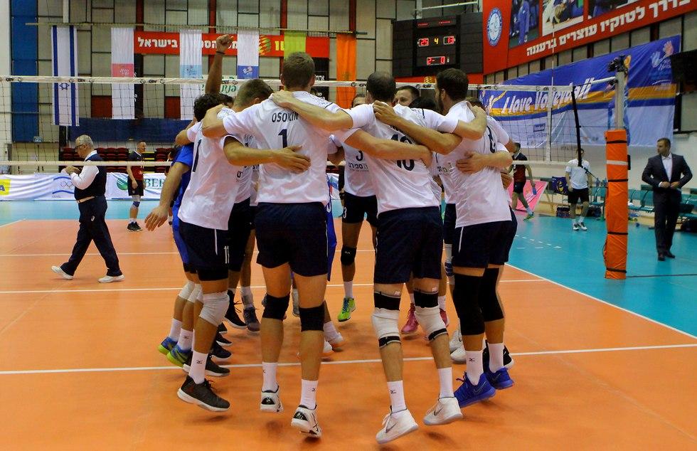 נבחרת ישראל בכדורעף (דייויד סילברמן, איגוד הכדורעף)