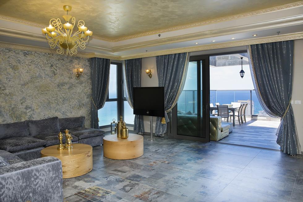 """הנכס: חמישה חדרים על שטח של 180 מ""""ר, עם מרפסת שמש בגודל 40 מ""""ר (צילום: ענבל מרמרי)"""