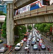 פקקים בבנגקוק ליד מרכז הקניות MBK