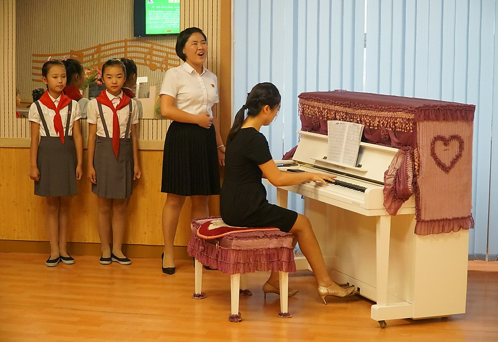 """Life in North Korea: """"they put on a show for tourists"""" (Photo: Meir Alfasi)"""