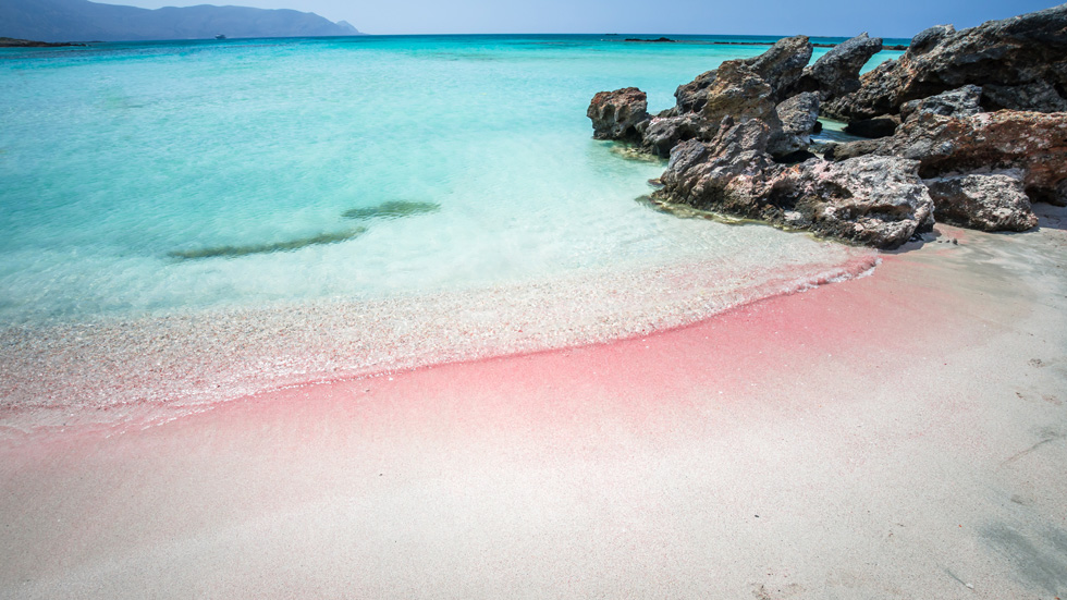 חוף אלפונסי. לכל מקום שאתם נוסעים, קחו אתכם מגבת ובגד ים (צילום: Shutterstock)