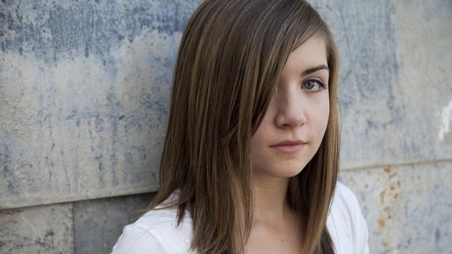 נערה (צילום: shutterstock)