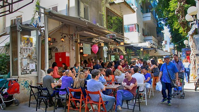 תל אביב קפה התחדשות עירונית  (צילום: shutterstock)