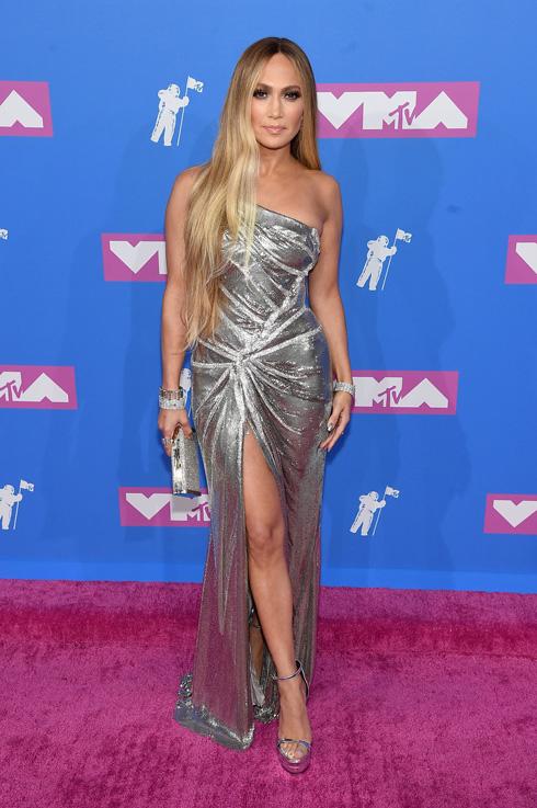 השטיח האדום של MTV: מה לבשו הכוכבות לטקס הפרסים בניו יורק? לחצו על התמונה לכתבה המלאה (צילום: Jamie McCarthy/GettyimagesIL)