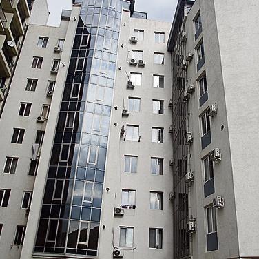 בנייני הדירות בהם משתכנים ההורים הישראלים