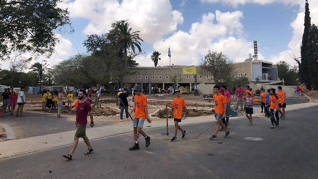 Voluntarios en Kibbutz Kerem Shalom