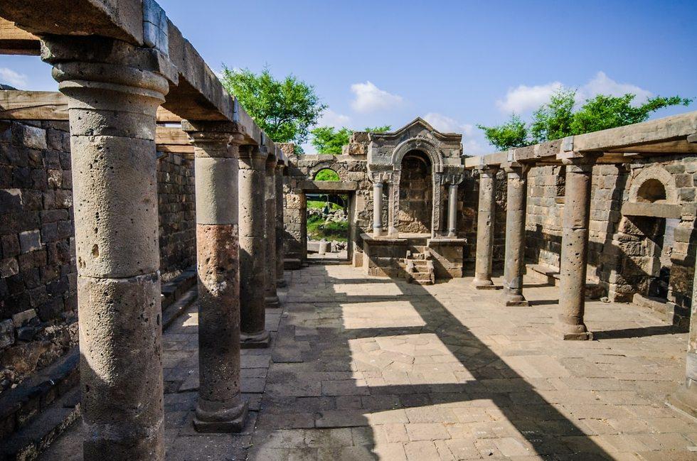 בית הכנסת (צילום: עופר בלנק)