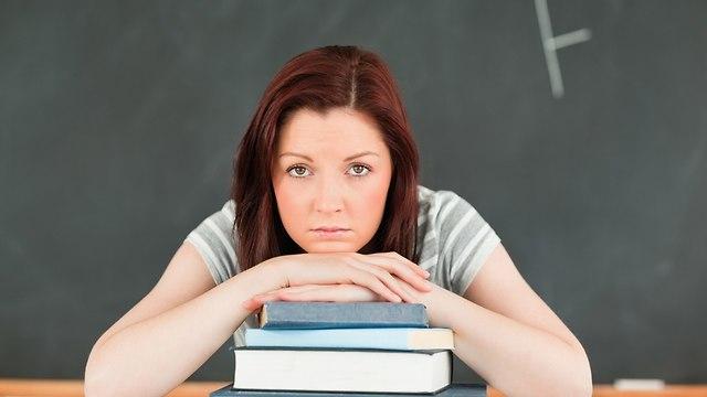 מורה עצובה, אילוסטרציה (צילום: shutterstock)
