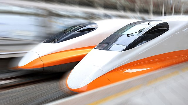 אילוס אילוסטרציה רכבת קליע רכבות מהירות ב יפן (צילום: shutterstock)