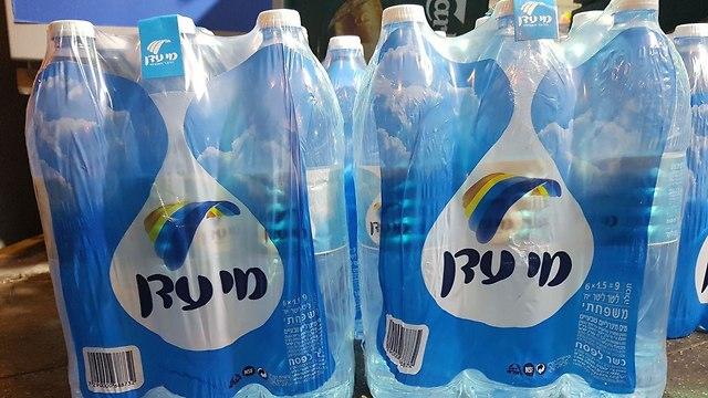 מים מנרלים בישראל ההונאה של המאה מוכרים מי ברז מסוננים במחיר מופקע והחשש זה עלול לגרום לסרטן 8740590099983640360no