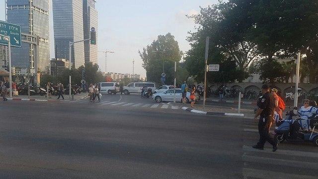 הפגנת הקשישים ברחוב קפלן בתל אביב (צילום: אמיר אלון)